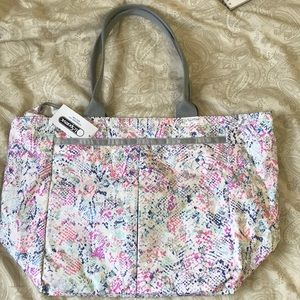 Brand New with Tag LeSportsac Tote